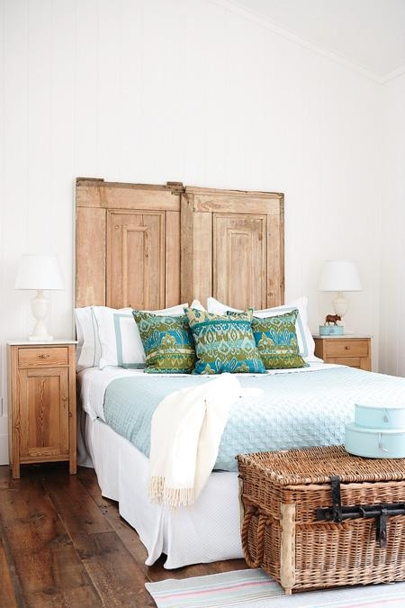 stylish-interior-design-ideas-in-turquoise-l-comfy-bed1.1288265229